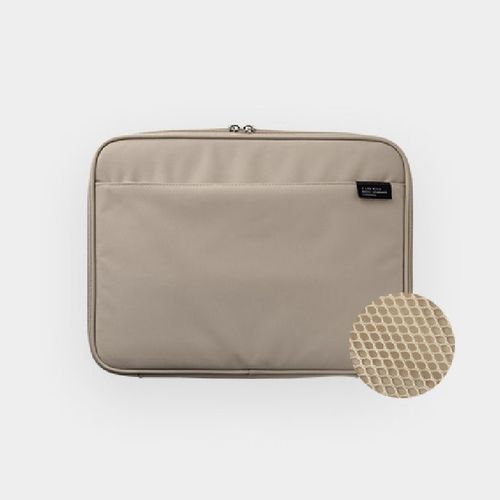 A Low Hill Tablet Pouch v6