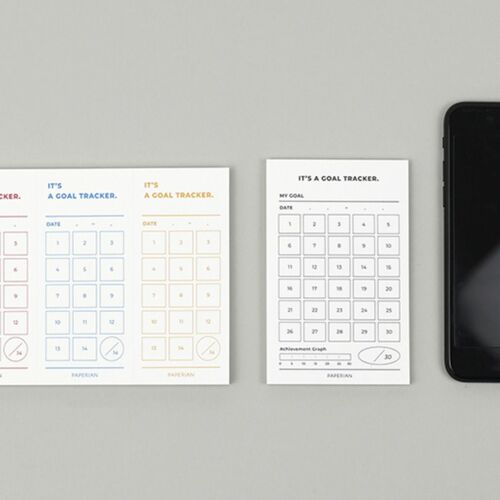 Small 30 Days Goal Tracking Notepad