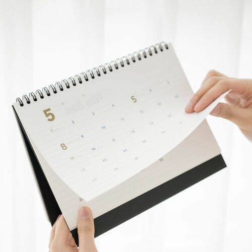 2022 Basic Desk Calendar