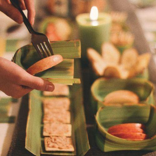 Large Banana Leaf Tray Set