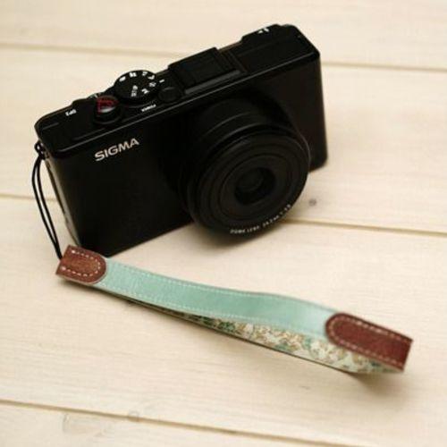 Graffiti Camera Strap