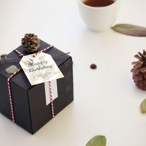 Iconic Gift Tag Set
