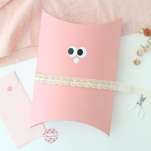 SOM SOM Gift Pillow Box