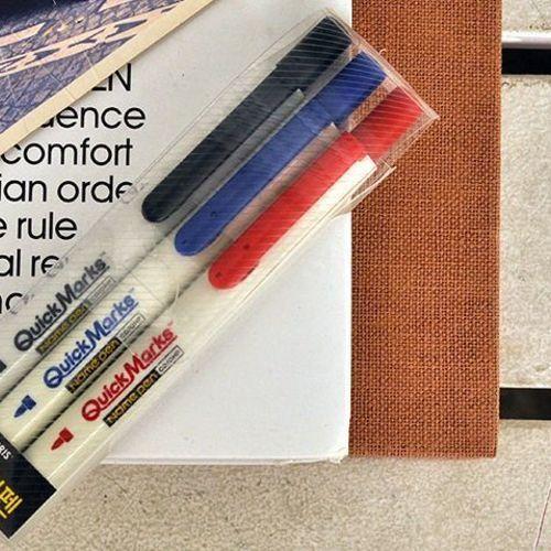Retractable Permanent Fine Marker