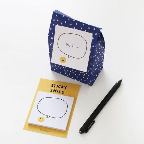 Smile Sticky Note