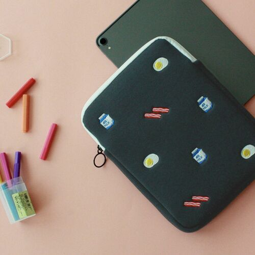 Brunch Tablet Pouch