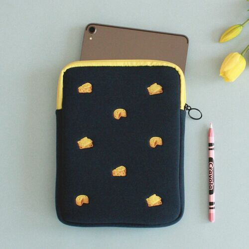 Brunch Tablet Pouch