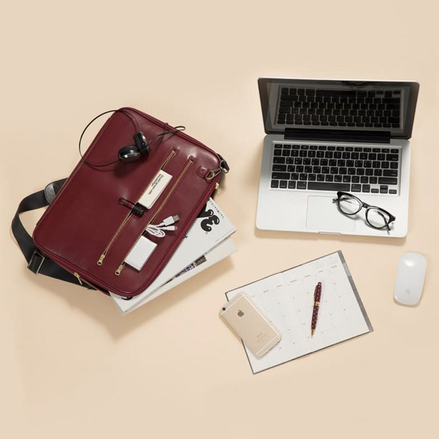 Table Talk Leather Laptop Shoulder Bag