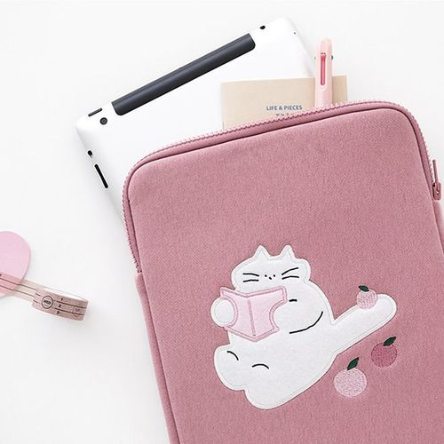 Animal Illustration Tablet Pouch